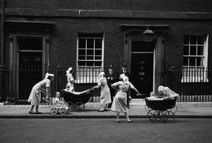 Nannies outside Number 10, Downing Street, London 1959 © Philip Jones Griffiths