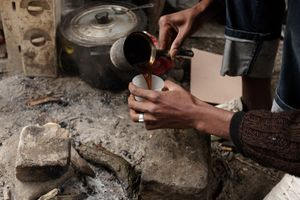 Sudanese cooking coffee