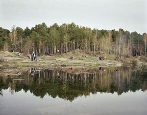 Victory Day picnic. Yekaterinburg. Urals, May 2005 From the book, Motherland, by Simon Roberts © Simon Roberts