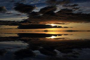 Symmetry - Salar de Uyuni (Bolivia)
