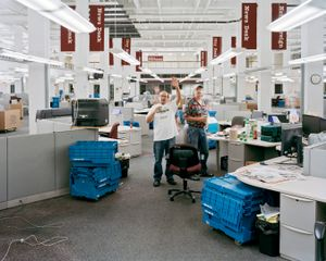 Goodnight, Final Edition From Broad Street Newsroom Is Put To Bed, 11:05pm, 2012 © Will Steacy