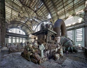 Generator room, Port Richmond Power Station Philadelphia, 2007 © Yves Marchand & Romain Meffre, Galerie Polka