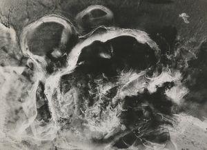 Photo révélée (série nébuleuse), 1940 © Raoul Ubac, Thessa Herold