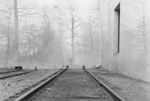 End of the Line © Lisa Folino