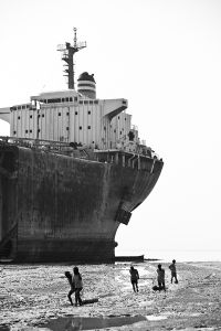 Ship Breaking in Bangladesh © Jan Møller Hansen