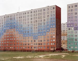 Euro Visions, 2004, Poland. Housing blocks repainted © Mark Power/Magnum