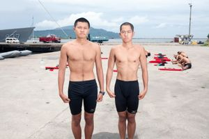 "Every year, 100 Taiwanese youngsters test themselves to the limits in order to become frogmen. The training has been called ""hardest training on Earth"". For them, being a marine commando means fame and money. For the Taiwanese military, they are good PR. Huang Adrian (on the right) says he came to the training ""to become a real man"" © Touko Hujanen"