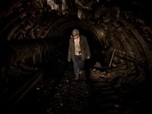 Entering in an illegal coal mine.