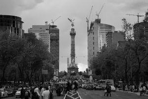 La marcha inicia en el Ángel de la Independencia.