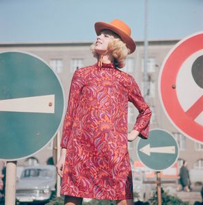 Fashion photography from East Germany by Gunter Roubitcz. Showing at the Tbilisi Photo Festival 2017.