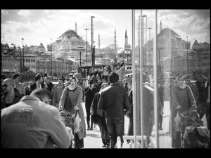 Freedom, Fishermen and Refugees The Galata Bridge in Istanbul ©Dominic Jan Geis