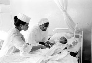 """""""Clinique de Soeures"""" Antananarivo 1992"""