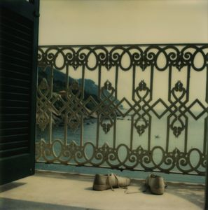 Hotel Miramare, Sestri di Levante, June 2 © Robby Müller. Courtesy the artist, Paris Photo, and Annet Gelink Gallery