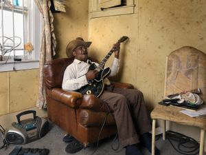 Glemie, Raccoon Hunter, Blues Player, Detroit 2011