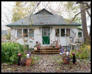 Robin Halloween House