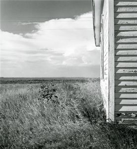 Clarkville, Colorado. 1972. © Robert Adams. Image courtesy of Fraenkel Gallery.
