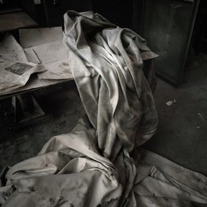 Cloth remains on the Borovo factory floor. © Colin Dutton