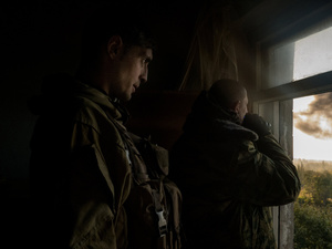 Givi is the commander of the separatist troops that are attacking the airport of Donetsk.