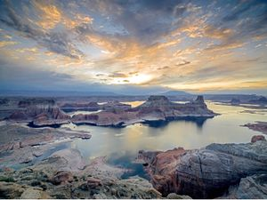 Alstrom Point, Lake Powell, Arizona, USA
