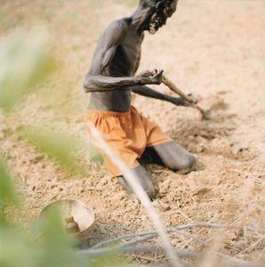 Akwem, South Sudan - a farmer working in his field © Simone Casetta