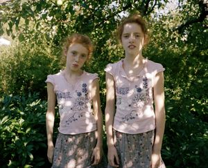 Lill ladies in the garden © Marius Schultz
