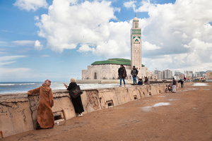 """Casablanca, March 2015. Fleeing from their villages of origin, many """"single mothers"""" aremoving to the big cities to avoid cracking the balance with family or because already repudiated; many others, driven by the search for a job. 50% of """"Mére Celibataire"""" are illiterate, 1.5% are schoolgirls. 63% are seduced by the prospect of marriage, 6% are victims of rape and only 3% are prostitutes."""