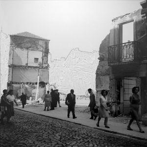 O que ficou do que foi - O álbum Martim Moniz, 2013 © Carla Cabanas, Carlos Carvalho Arte Contemporânea