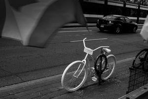 Memorial to fallen cyclist