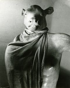 Minotaur / Dictator. Paris, ca. 1937. Gelatin silver print. Vintage print. Collection Yvette Blumenfeld Georges Deeton / Art + Commerce, New York, Gallery Kicken Berlin, Berlin © The Estate of Erwin Blumenfeld