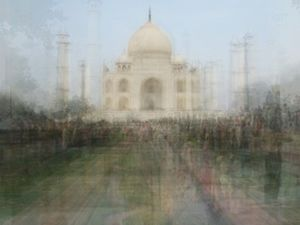 Agra, from the series Photo Opportunities © Corinne Vionnet