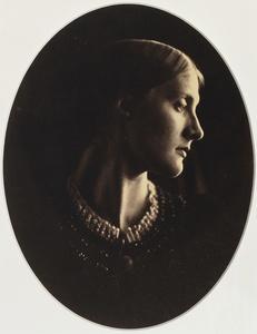 Julia Margaret Cameron (1815-1879). Mrs. Herbert Duckworth, 1867. © Paris, Bibliothèque nationale de France