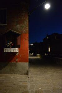 08 LIGHTS IN VENICE