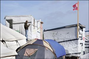 Calais, migrants Jungle