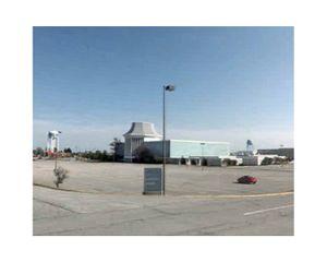 Richland Mall, U.S. 30, Mansfield, Ohio   © Pep Ventosa