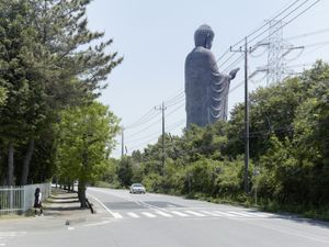 Amitabha Buddha. Ushiku, Japan, 110 m (360 ft). Built in 1993 © Fabrice Fouillet