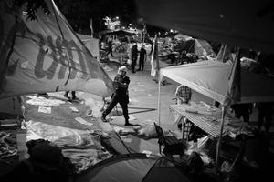 """After repeated warnings from the police, the protesters refused to leave the park. The occupation finally ended with a brutal intervention by the police. From the series """"Witnessing Gezi"""" © Emin Ozmen"""