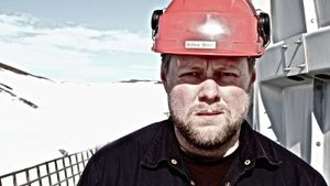 A worker at the geothermal energy plant in K© Kerrin Sheldon