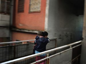 La Vela Rossa (The Red Sail), Scampia, Naples. Francesca's sister, single mother. © Valerio Spada.