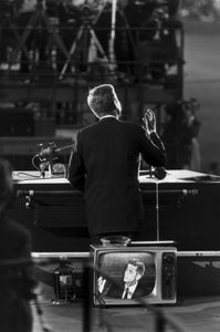 John F. Kenney, Democratic National Convention, Los Angeles, from the portfolio 15 Big Shots, 1960 © Garry Winogrand, Thomas Zander