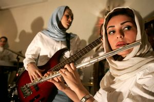 Orkideh Hajivandi underground music: 12 female musicians who perform classical, folk, modern, and traditional music in IRAN - November 2006 © Copyright 1979-2009 Alfred Yaghobzadeh. All rights reserved.