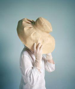 Camouflage au Chapeau © Marie Hudelot
