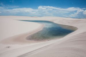 One of Lençois do Maranhão lagoons during winter season. The sand filters the water from the rain and creates thousands of lagoons. © Eduardo Leal/4SEE