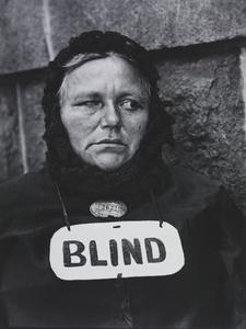 Blind Woman, New York. Paul Strand, 1916 © Paul Strand Archive, Aperture Foundation