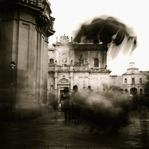 cloud of flying pigs© Roberto De Mitri