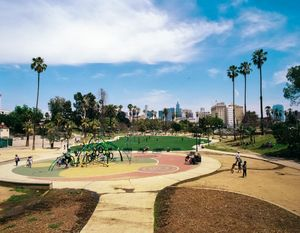 Westlake/MacArthur Park, California. 2017.