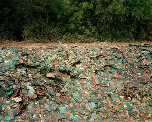 China Recycling #9, Circuit Boards, Guiyu, Guangdong Province, 2004 © Edward Burtynsky