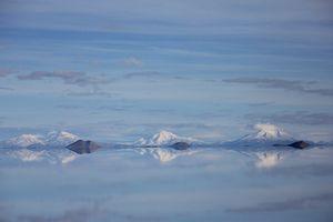 Equilibrium - Salar de Uyuni (Bolivia)