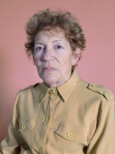 Estela (74)