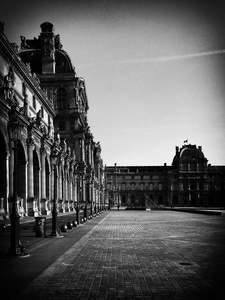 The Cour Napoléon and Louvre Museum