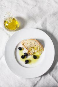 Pane, Olive e Olio